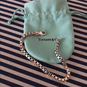 Tiffany&co Venetian Box chain sterling silver